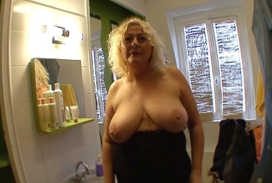 Vidéos porno en ligne tante ivre