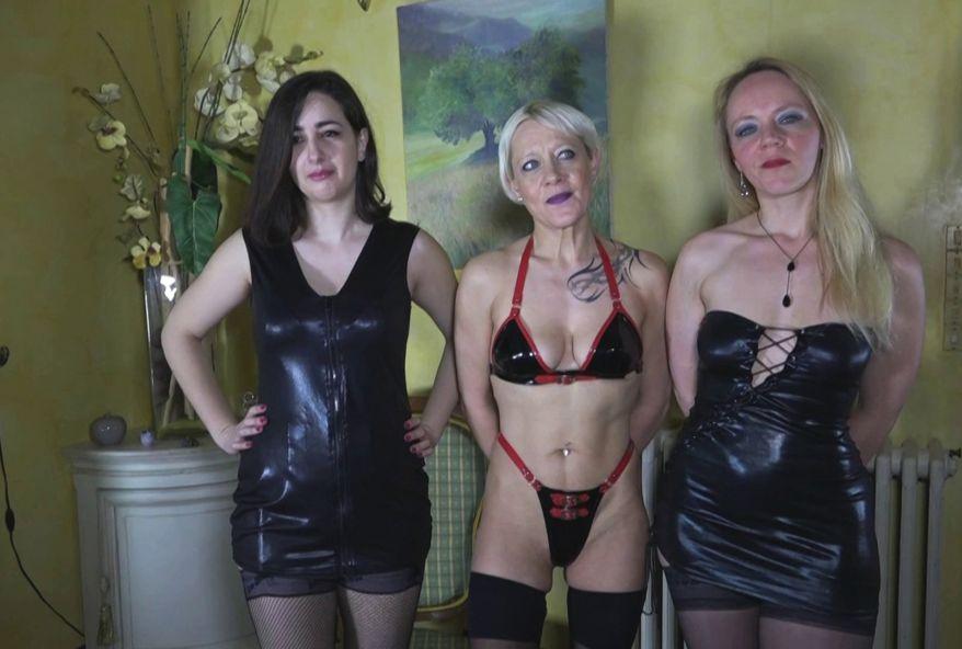 Pervers films la chatte poilue de sa salope de femme - Sexe